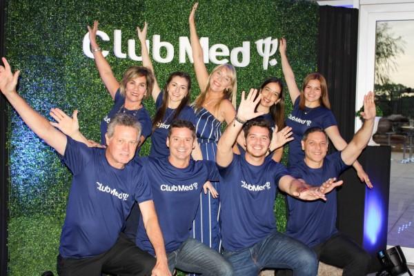 Equipo de DTP Tour Operator con Eleonora Zeballos, gerente de Ventas del Club Med