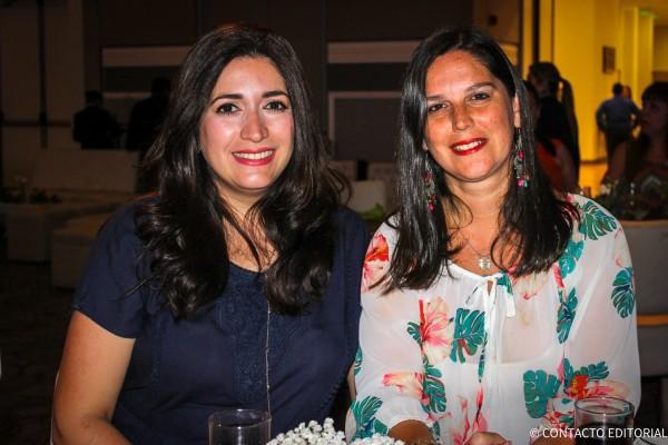 Anali Quiñonez y Leticia Coronel