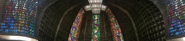 Panoramica del interior de la Catedral de Rio de Janeiro