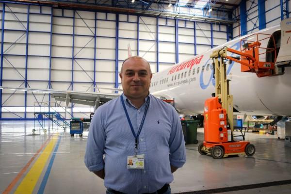 Ernesto Collado del Valle, directivo del hangar de mantenimiento de Globalia.