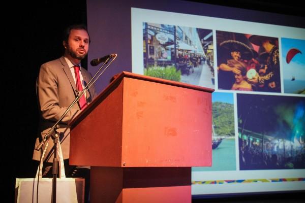 Luiz Fellipe Schmidt, Primer Secretario Jefe del Sector de Comercio, Inversiones y Turismo