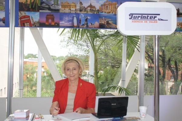 Representante de la agencia de viajes Turinter