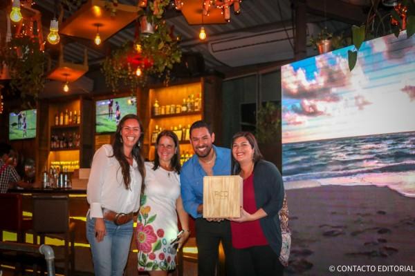 Carolina Guardiola y Liliana Estigarribia, Alto Vuelo  junto a Josefina de Zan y Leonel Reyes