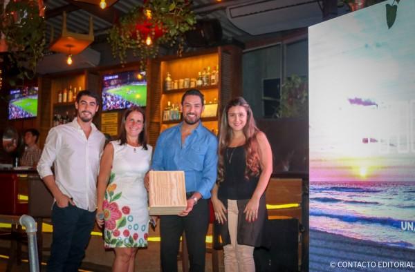 Antonio Pecci y Fatima Campos  junto a Josefina de Zan y Leonel Reyes