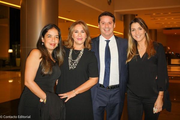 Graciela Zelaya, Sylvia y David Prono y Melisa Zupichiatti