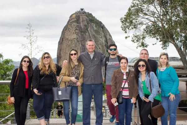 Grupo antes de subir al Pan de Azucar