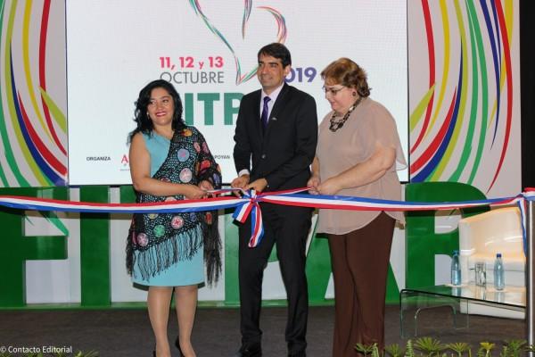 Sofia Montiel, Carlos Cardozo y Rosanna Fustagno