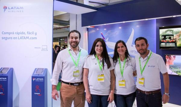 Enzo Pangrazio, Anali Quiñonez, Leticia Coronel y Nestor Torres