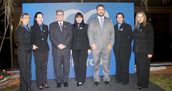 Air europa inaugur nuevas oficinas y anunci ruta a for Oficinas de air europa en madrid
