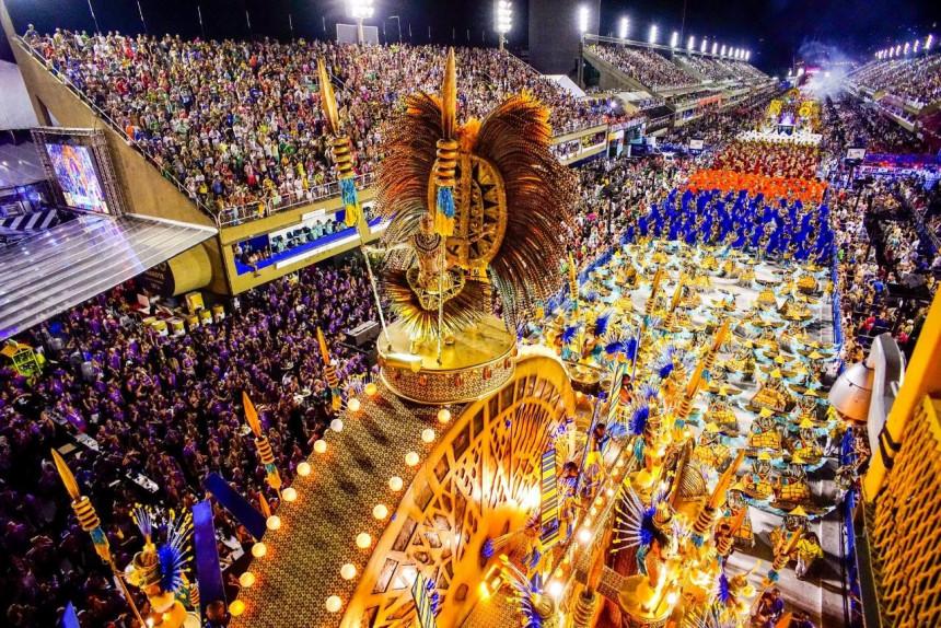 Carnaval de Rio 2021 podría realizarse en julio