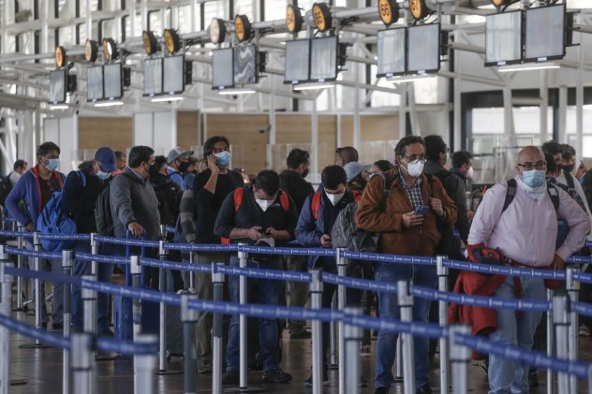 IATA exige acabar con los costos elevados de las pruebas de COVID-19