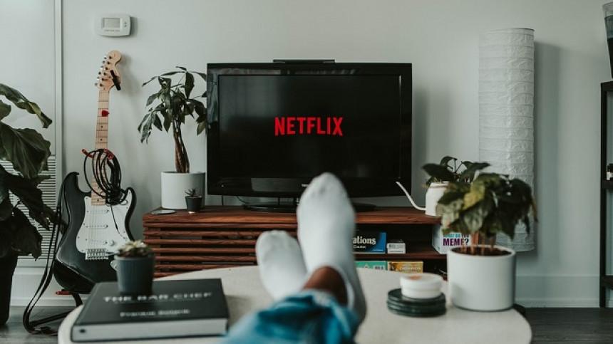 España firma un acuerdo con Netflix para la promoción turística