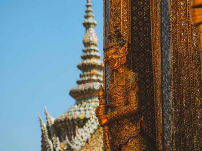 Tailandia da la bienvenida a viajeros de todo el mundo