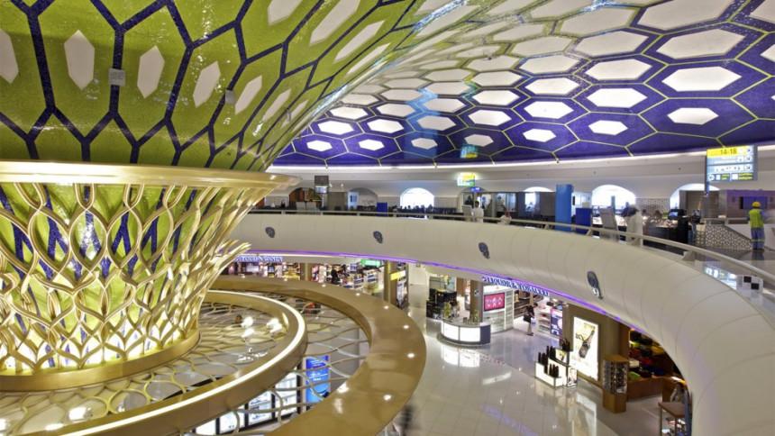 Aeropuerto de Abu Dhabi abre laboratorio de pruebas de COVID-19