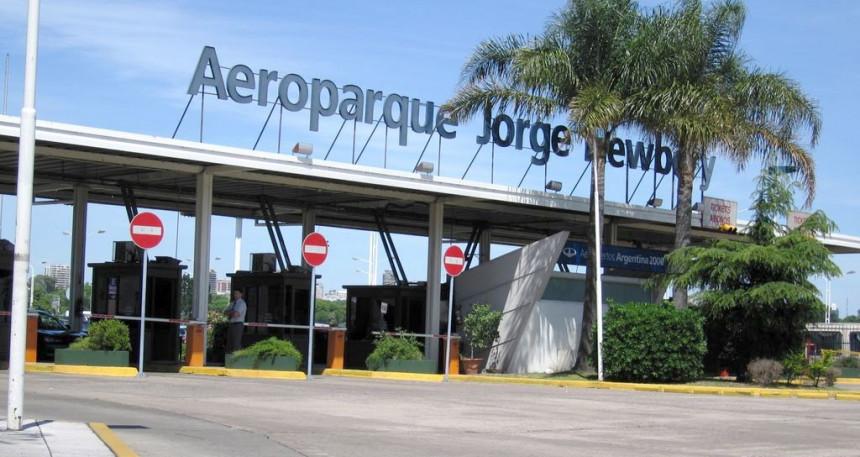Aeroparque solo para vuelos de cabotaje a partir del año próximo