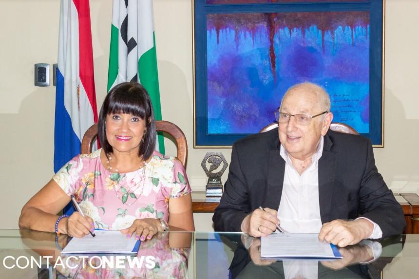 Johanna Izquierdo y Roberto Elias Canesse