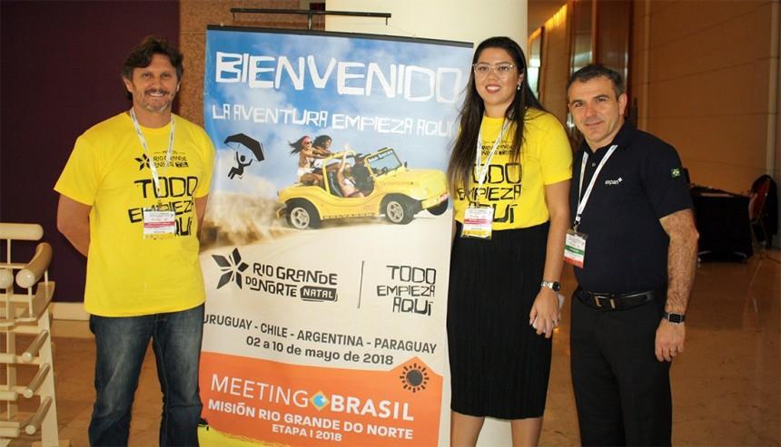 Arnaldo Saint-Brisson, Nayara Santana y Jair Pasquini