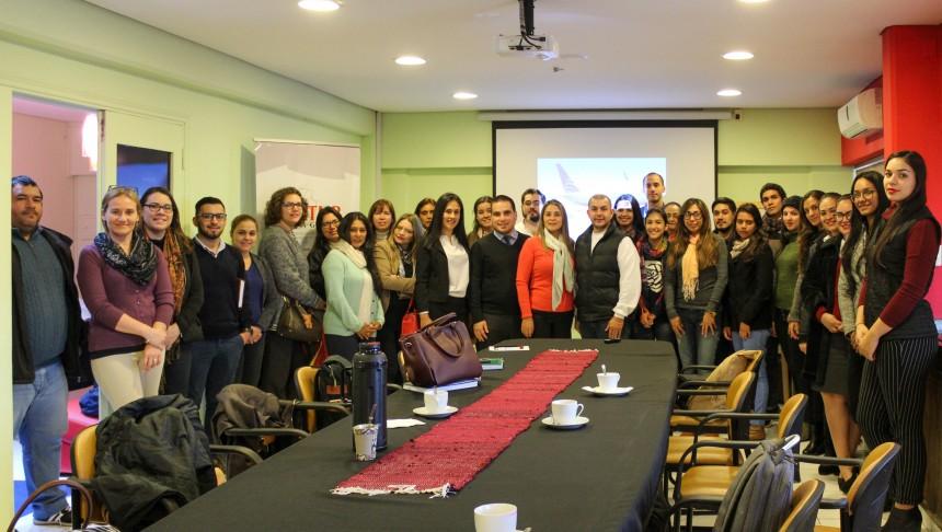 Agentes de viajes participantes con Mónica Zavan