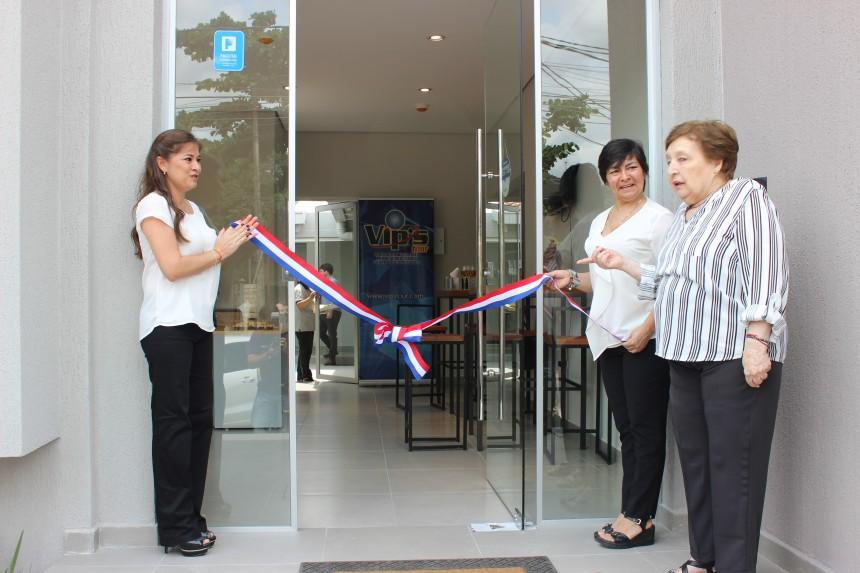Panorama inaugura nuevas y modernas oficinas