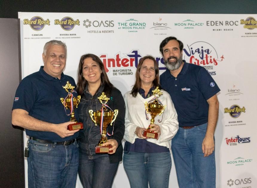 Alejandro Salza, Paula Dios, Josefina de Zan y Alejandro Ocampos