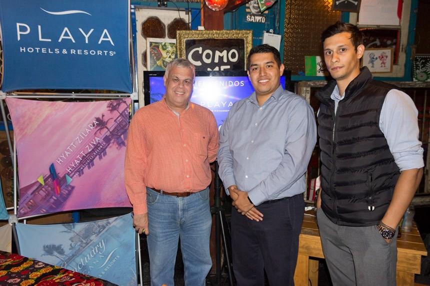 Alejandro Salza, Giovanni Lara y Bill Zaldivar