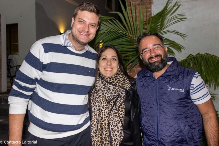 Jose Carlos Brunetti, de Maral Turismo, Paula Dios de Palace Resorts y Marcelo Pereira de Alto Vuelo