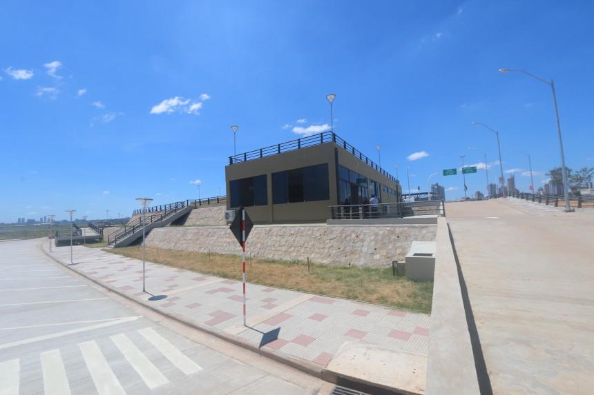 Oficina de la Senatur en Costanera