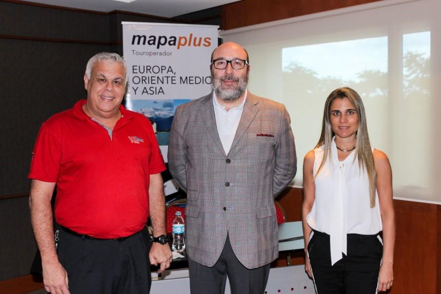 Alejandro Salza, César Galve y Liliana Alvarenga