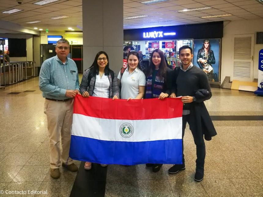 Hugo Caballero, Mirtha Ramos, Carlos Micossi, Deisy Varela y Pamela Almada