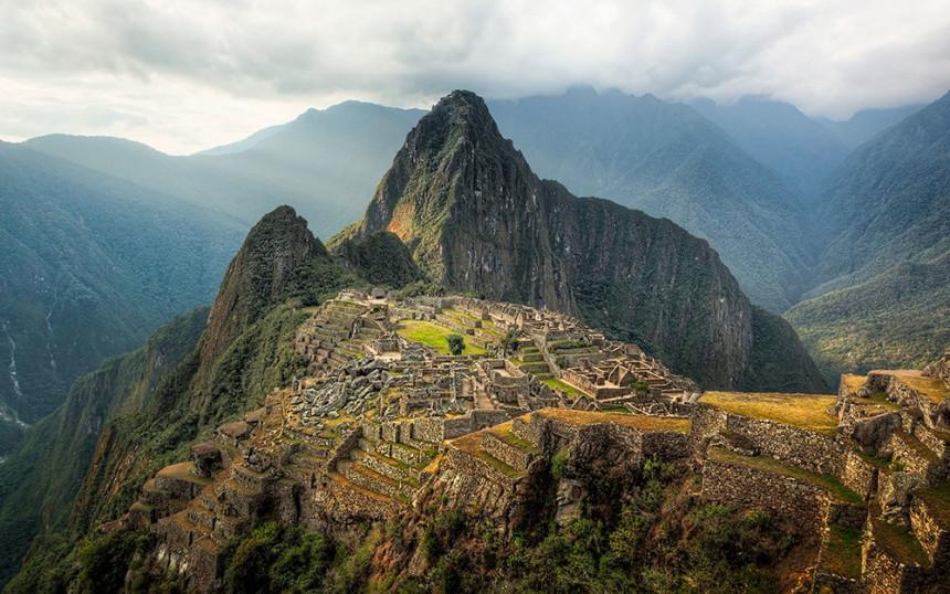 Hechos de violencia frenan turismo en Perú