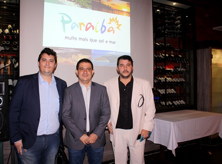 Miguel Ignacio Fajardo, Luciano Lapa y Gustavo Espinola
