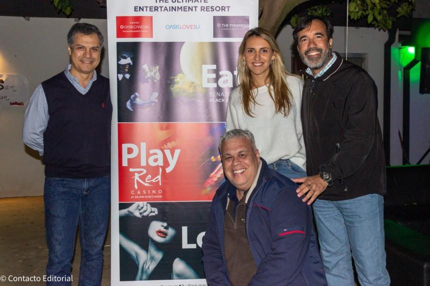 Nelson Ferreira, Alejandro Ocampos y Alejandro Salza de Intertours con Catalina Sydor de Oasis Hotels