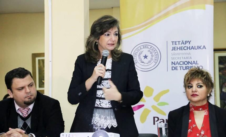 Ministra de Turismo presenta datos estadísticos y proyecciones
