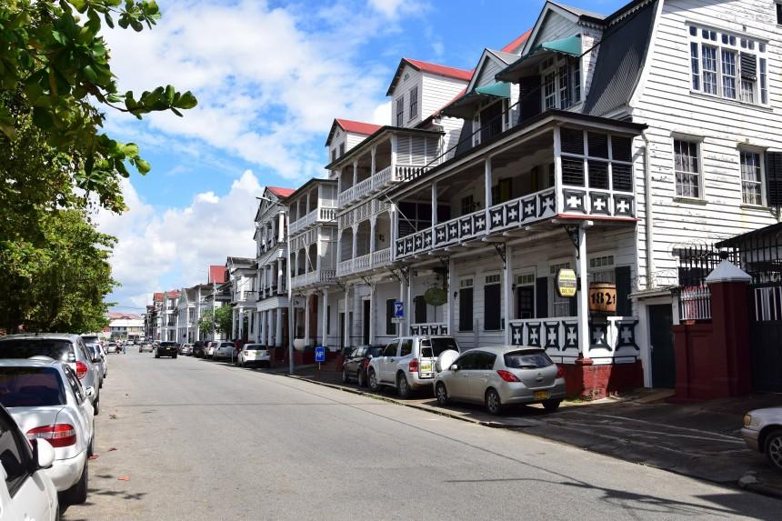 Casas de estilo colonial en Paramaribo, Surinam