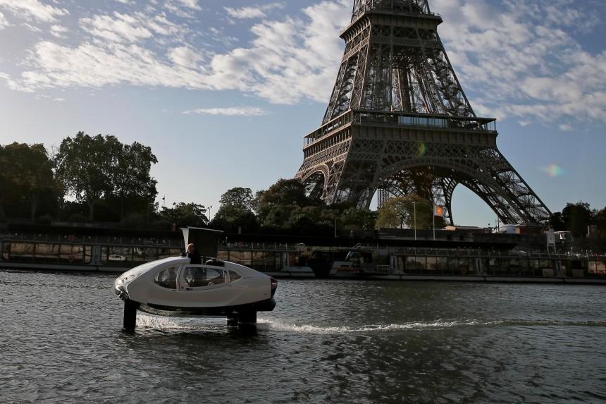 En París, taxis ecológicos por el río Sena