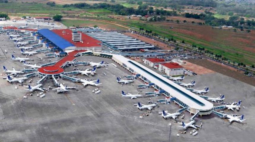 Panamá se encuentra lista para reactivar el transporte aéreo