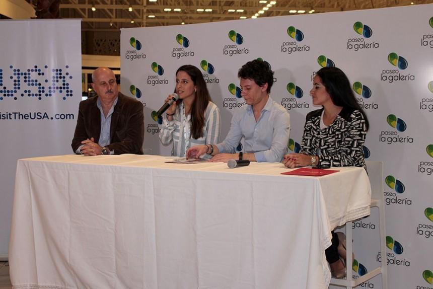 Durante la conferencia de prensa en el Paseo La Galeria