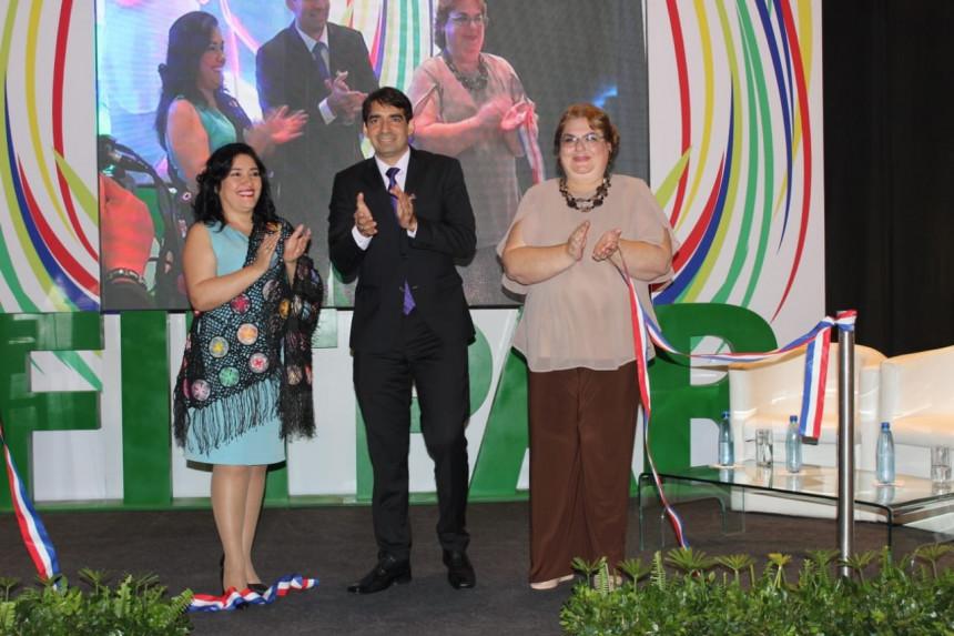 Sofia Montiel, Carlos Cardozo Penayo y Rosanna Fustagno