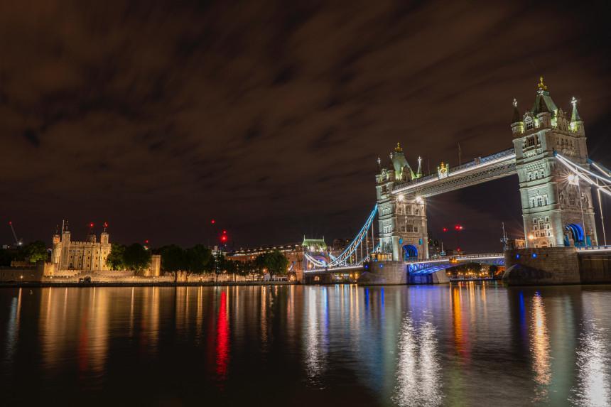 Reino Unido inició cuarentenas a viajeros provenientes de países de alto riesgo