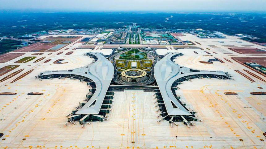 El mega aeropuerto internacional Chengdu Tianfu de China está oficialmente abierto