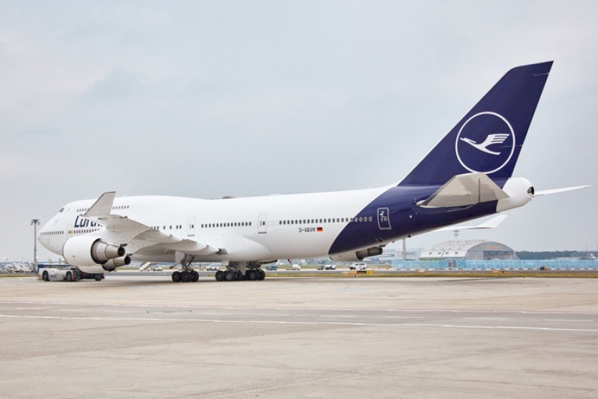 Lufthansa hará obligatorio el uso de máscaras en todos sus vuelos