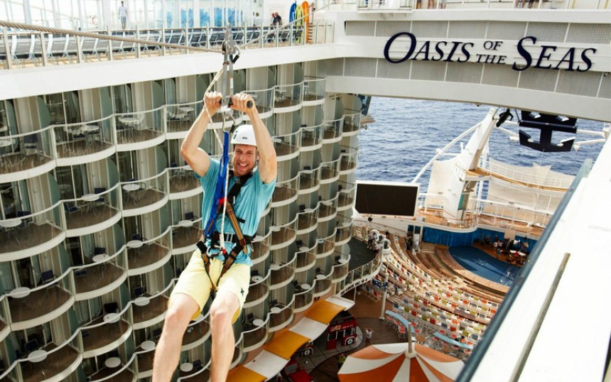 Royal Caribbean extiende la suspensión de sus operaciones hasta junio
