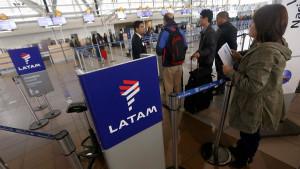 LATAM reprograma retorno al país para Agosto