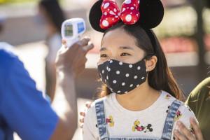 Disney aumenta políticas de uso de máscaras