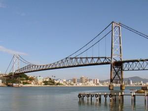 Florianópolis reinauguró su emblemático puente colgante