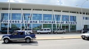 Aeropuerto de St. Maarten reanuda operaciones
