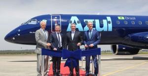 Azul dio la bienvenida al primer Embraer 195-E2