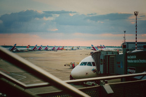 Según IATA, tráfico aéreo mundial en 2020 volverá a los niveles del 2003