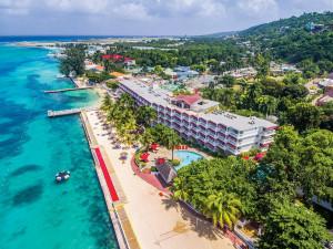 Decameron Hotels & Resorts anuncia cierre temporal de sus hoteles