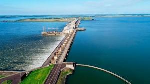 Habilitación del paso fronterizo Yacyretá contribuirá al desarrollo del turismo